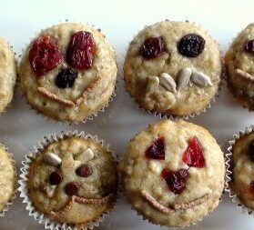 Healthy Kids Snacks: Mini Muffins With Happy Faces