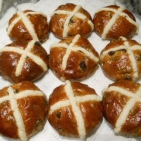 Hot Cross Buns: A Good Friday Tradition