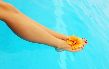 Get Your Legs Ready for Summer by Ditching Your Razor