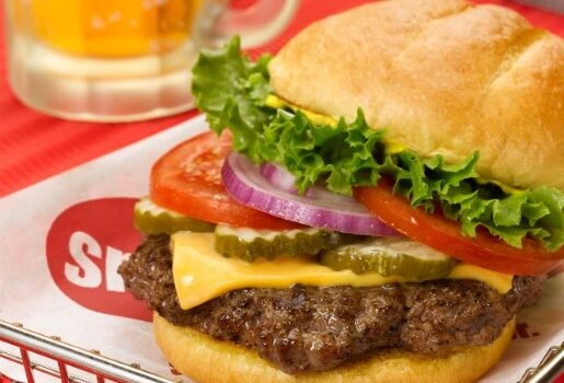 Smashburger Shares How to Make a Burger
