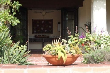 Estancia La Jolla Landscaping
