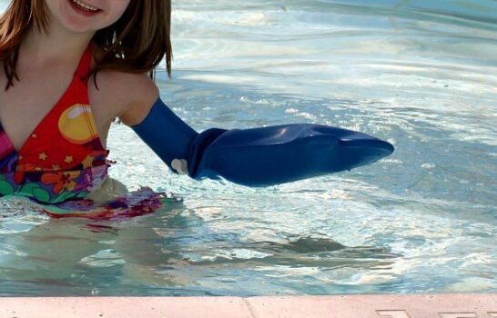 How To Keep A Cast Dry In A Swimming Pool Or Bath