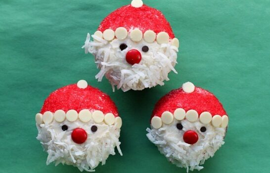 Easy Santa Claus Cupcakes Recipe