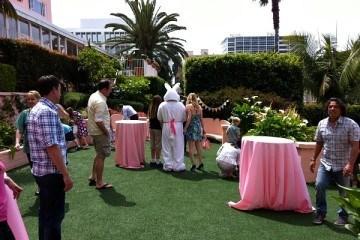 La Valencia Hotel Easter Bunny