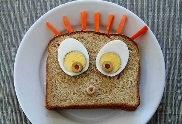 Kids Lunches Surprised Sandwich