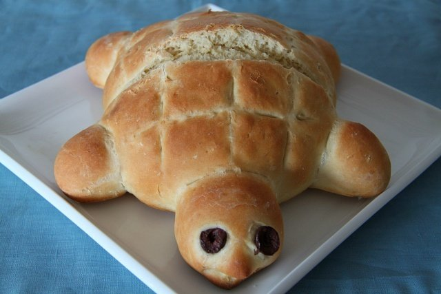 For Kids:  Turtle Bread Recipe