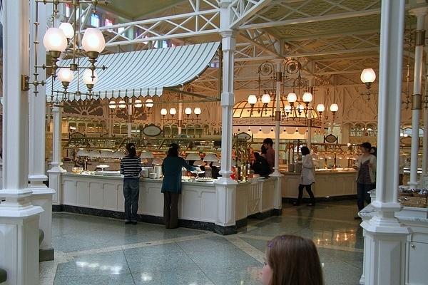 Tokyo Disneyland Crystal Palace Restaurant Buffet