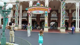 A Quick Guide To Tokyo Disneyland---Go on your next trip to Japan!