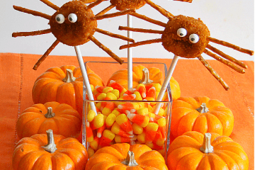 Donut Spider Pops - All you need is a mini crumb donut, pretzels, eyeballs and a popsicle stick for an easy Halloween dessert