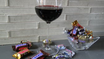 Pairing Halloween and wine - I asked experts in the wine industry what their favorite picks are for those of us who will be raiding the candy stash over the next week!