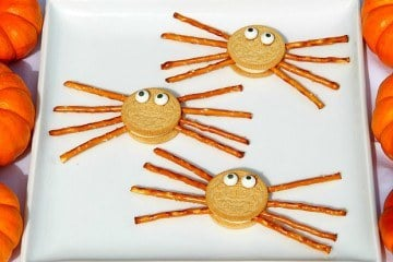 Kids Recipe: Easy Spider Oreos They Can Make Themselves For Halloween Or Any Day!