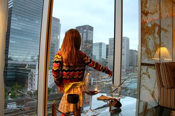 Four Seasons Hotel Tokyo at Marunouchi ekki bar