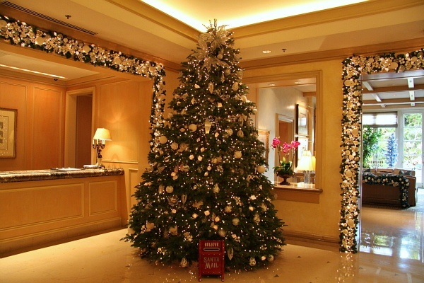 Four Seasons Hotel Los Angeles Holiday