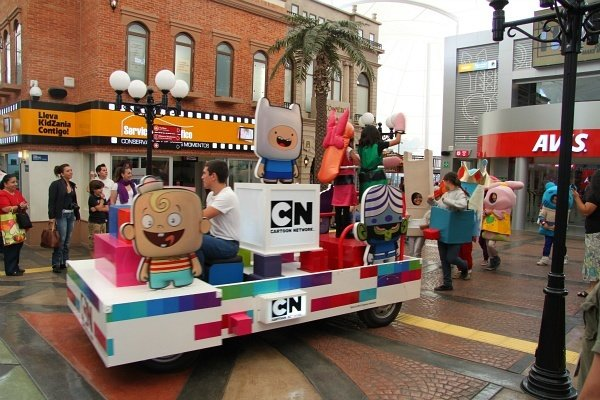 Kidzania cuicuilco mexico city cartoon network parade