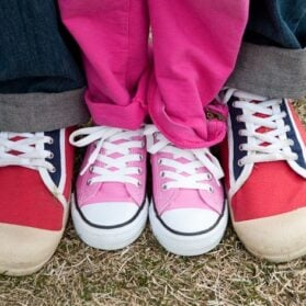 How To Quickly Teach Kids To Tie Shoelaces