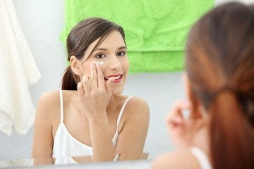 How to Apply Eye Cream Correctly