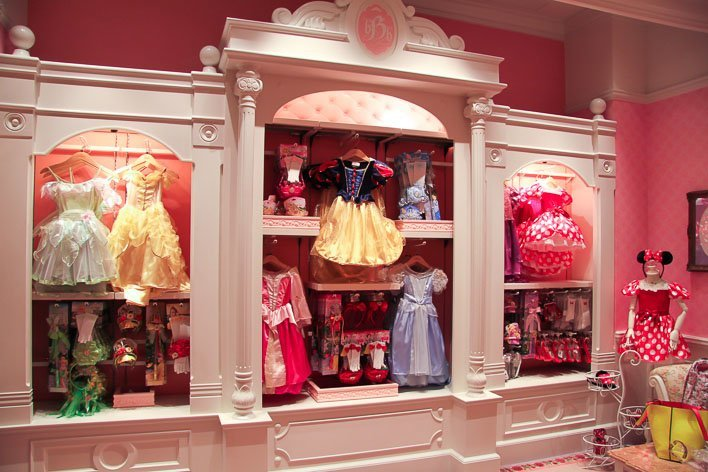 Dress Up Like A Princess: Hong Kong Disneyland's Bibbidy Bobbidy Boutique