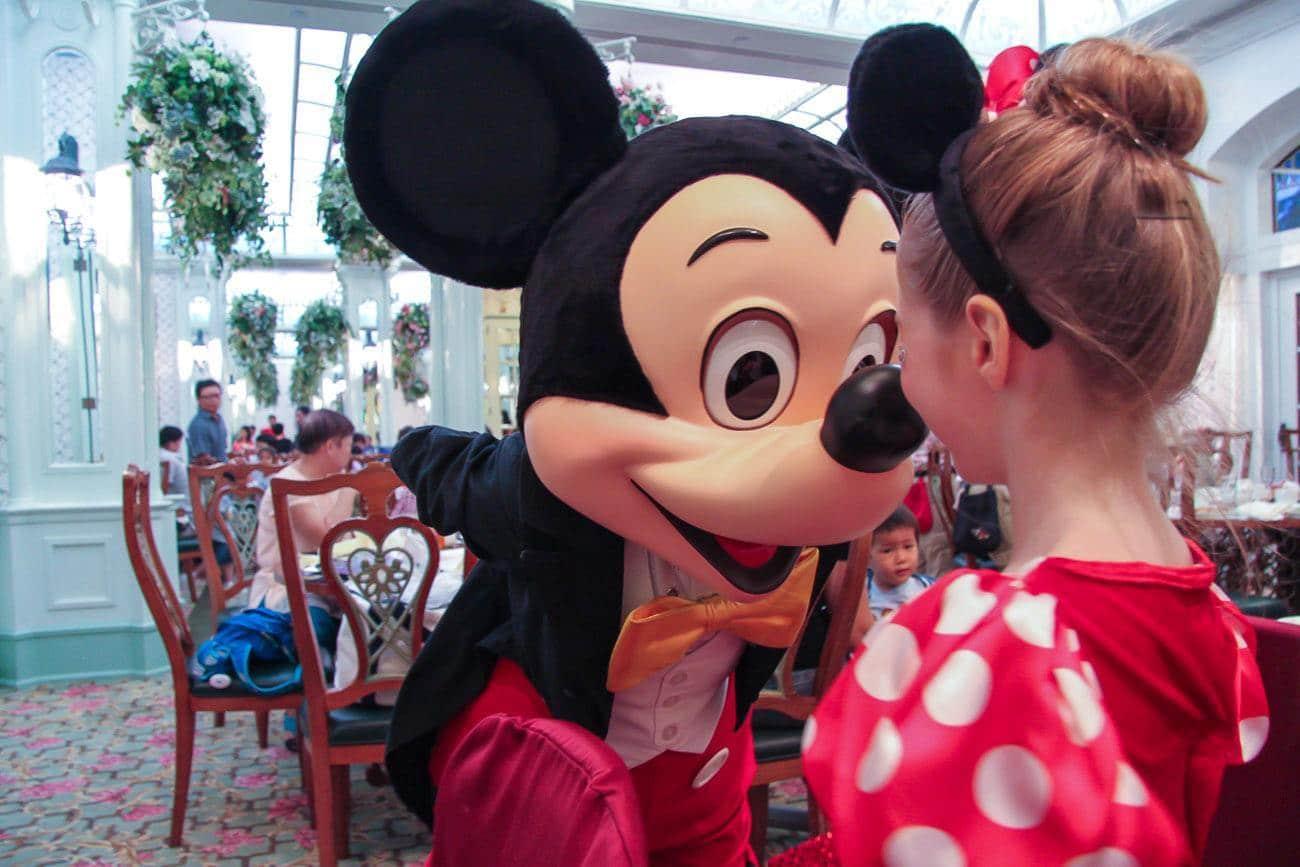 Hong Kong Disneyland Hotel Character Dining Hong Kong