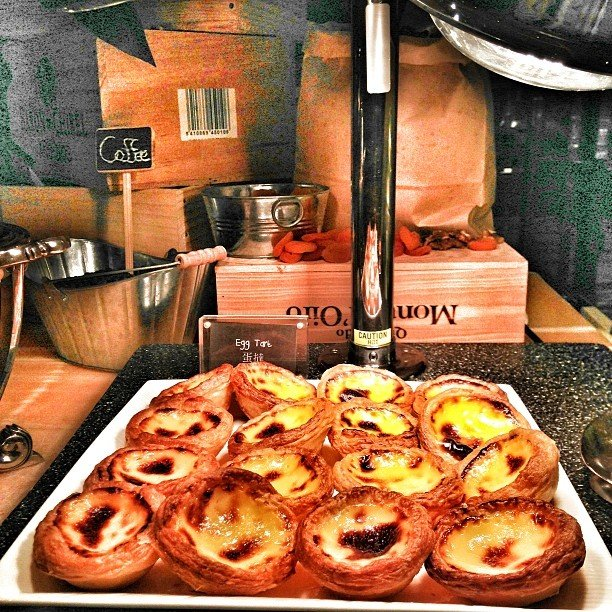 Things to do in Macau with kids-egg tarts
