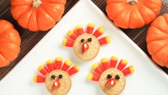 Thanksgiving turkey dessert cookies
