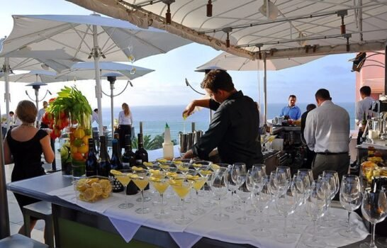 La Jolla Restaurants With Private Dining and Space for Large Parties