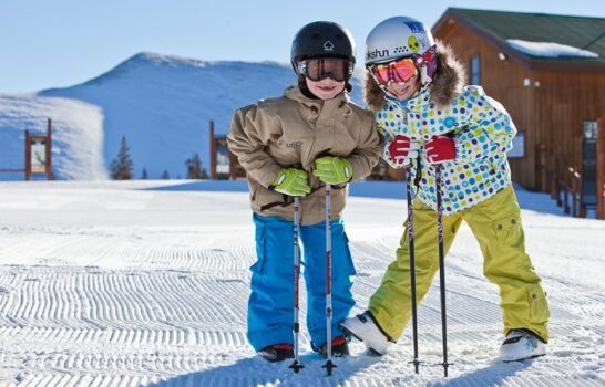 5 Tips For Getting Kids Excited About Skiing