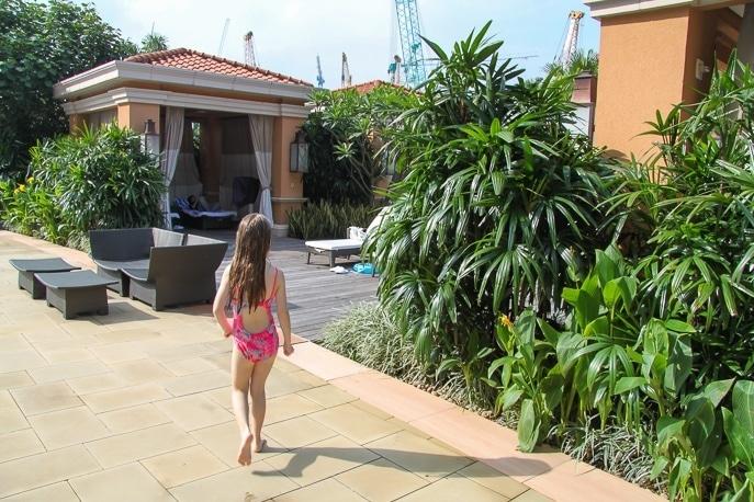 Four Seasons Hotel Macau with kids - swimming pools