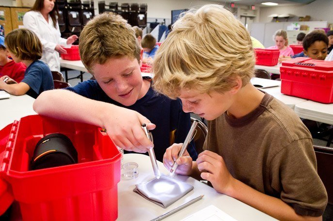 GIA Junior Gemologist Program at San Diego Schools