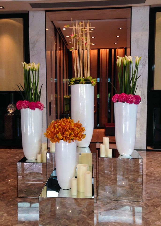 four seasons hotel shanghai pudong flowers