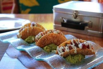 kaanapali restaurants hula grill poke tacos