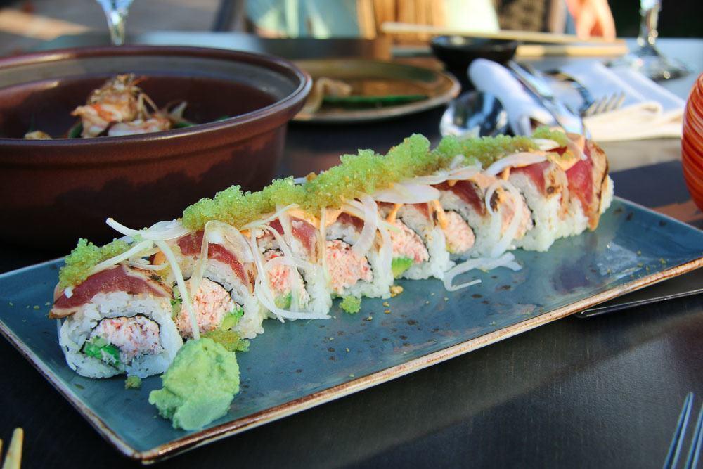 kaanapali restaurants japengo maui sushi roll