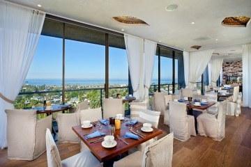 CUSP Restaurant Hotel La Jolla view