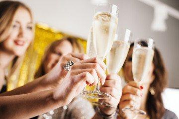 bottomless mimosas champagne la jolla restaurants
