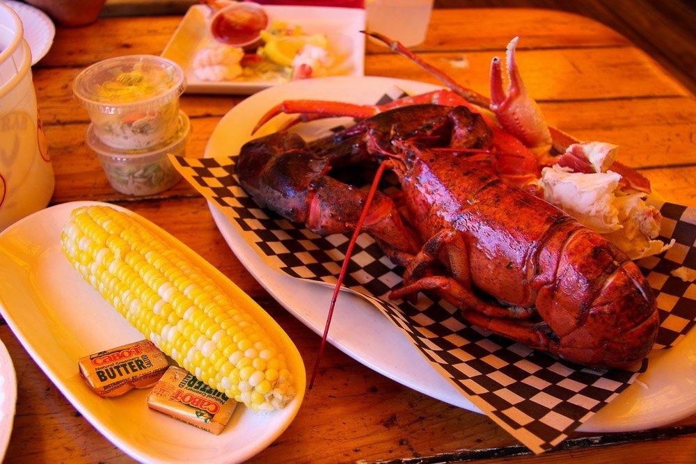 what to eat in boston barking crab