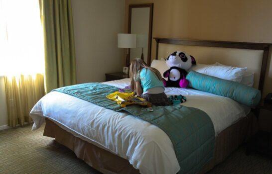 Hotels Near LEGOLAND California: Grand Pacific Palisades Resort