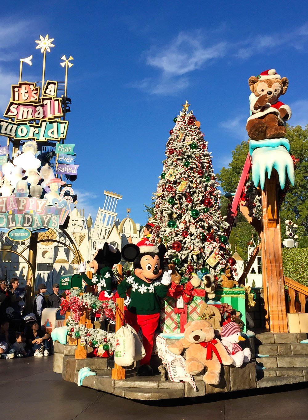 christmas fantasy parade at disneyland