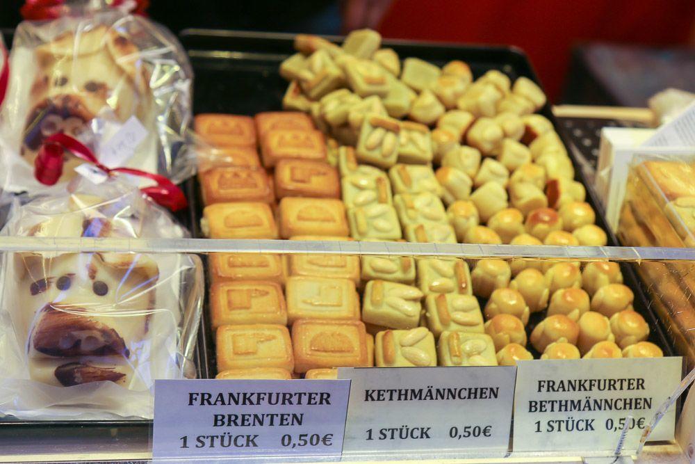 Cookies at the Frankfurt Christmas Market
