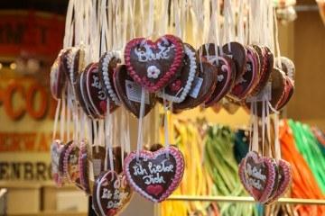 Gingerbread hearts (Lebkuchen) at the Frankfurt Christmas Market