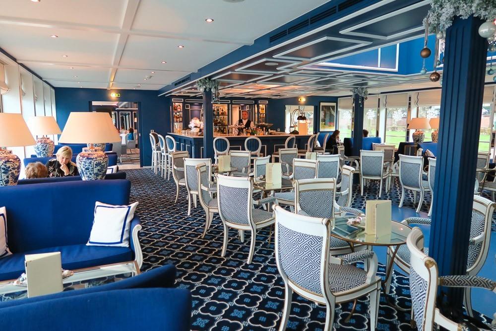 Uniworld's River Queen boutique ship lounge