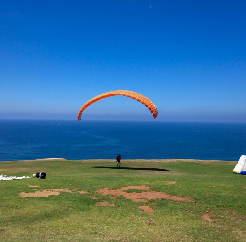9 Reasons to Visit La Jolla's Torrey Pines Gliderport