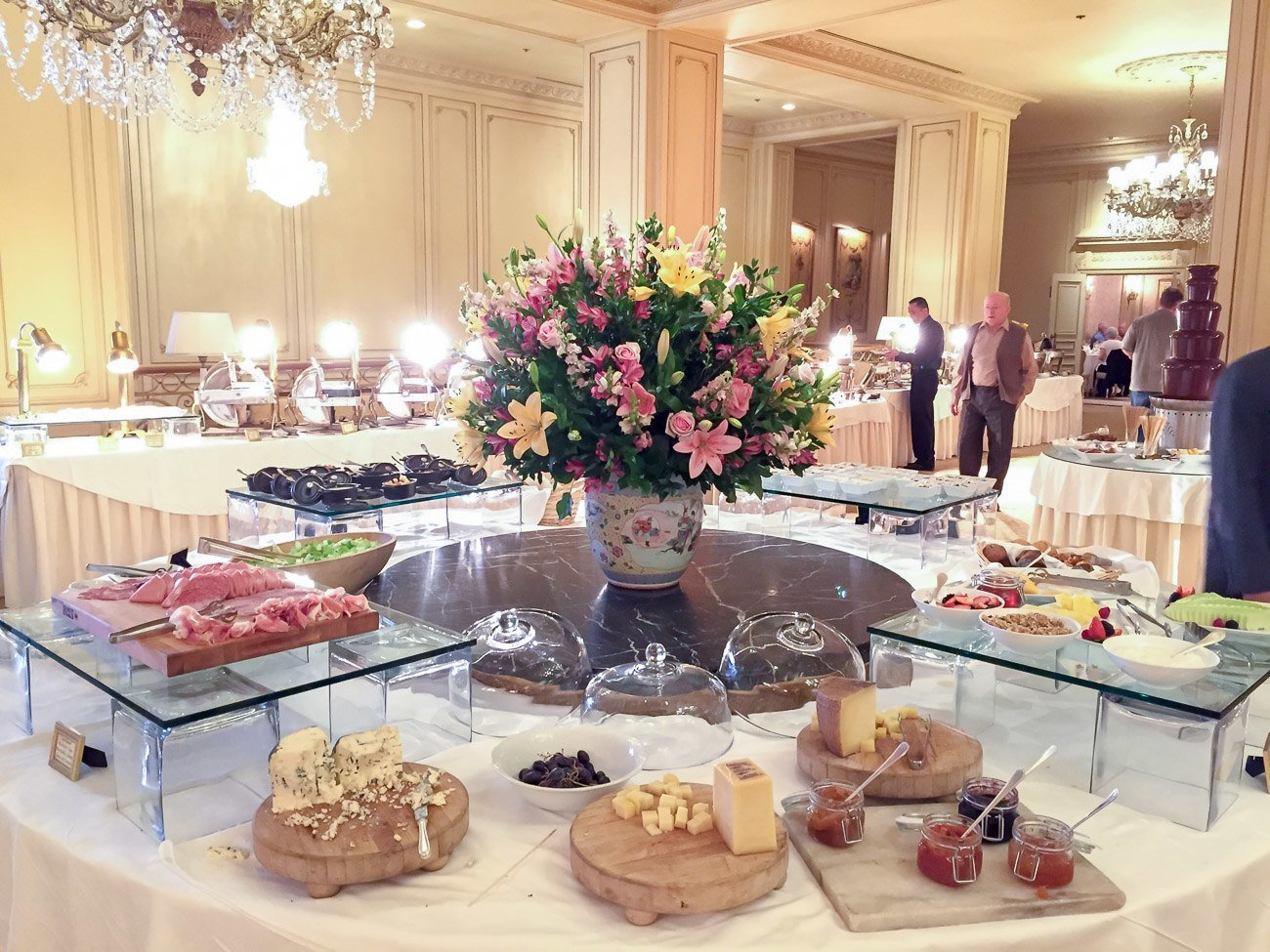 Sunday brunch at the Westgate Hotel's Le Fontainebleau room