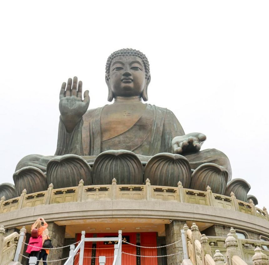 Guide to Visiting Hong Kong's Big Buddha and Po Lin Monastery