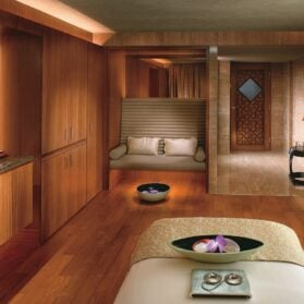 A Signature Treatment with Jade at The Mandarin Spa in Hong Kong