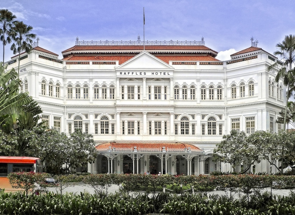 Raffles Hotel Singapore has a fleet of luxury cars to drive guests around town