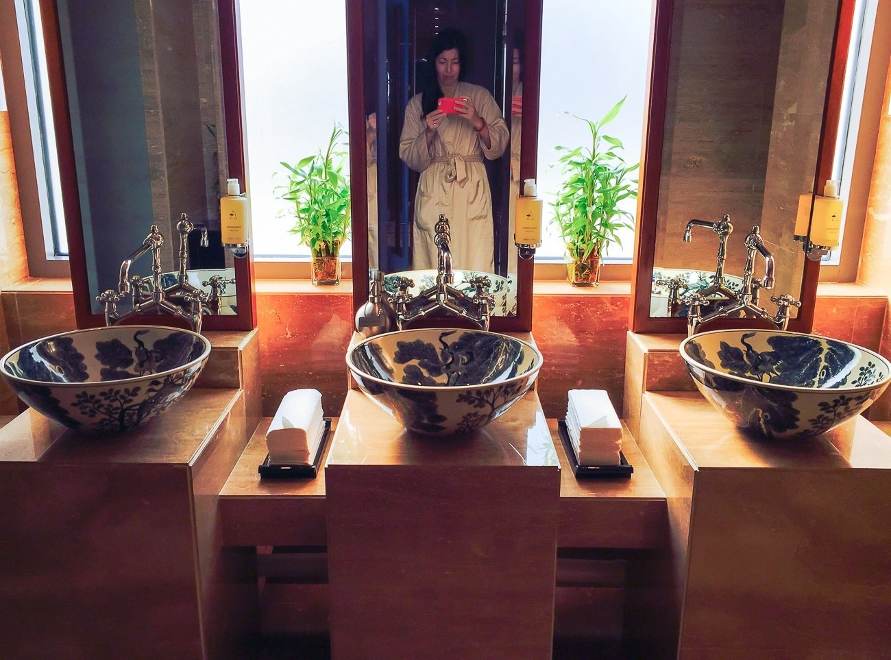 Gorgeous sinks in the female changing are at The Mandarin Spa, Hong Kong