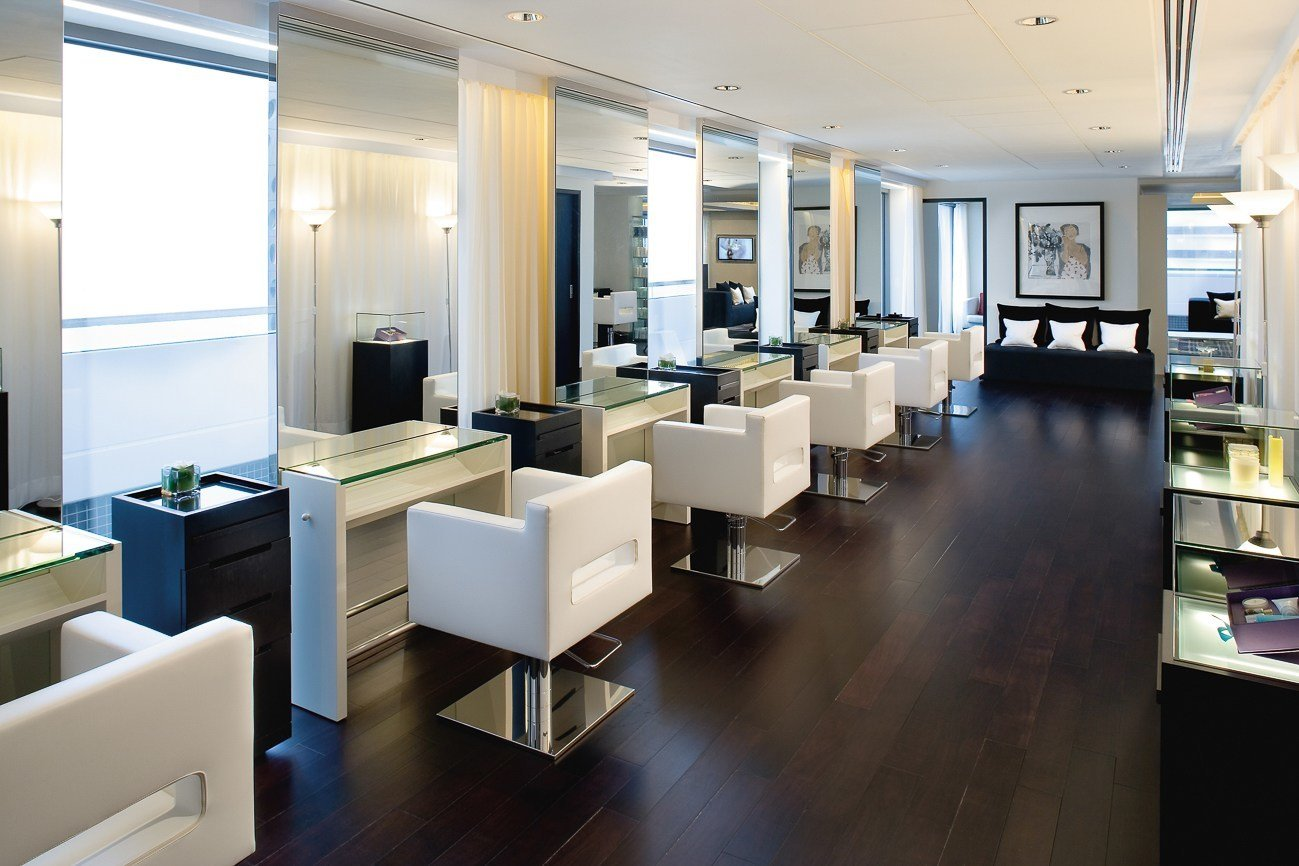 The Mandarin Salon in Hong Kong