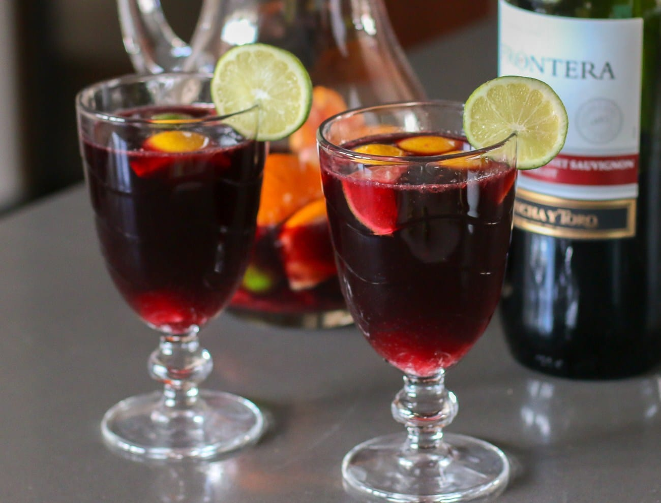 Pour ginger ale into the sangria wine mixture to finish.