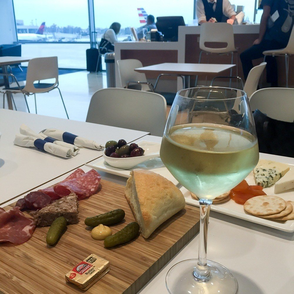 British Airways offers passengers an exclusive lounge menu with excellent food options and premium wine at the San Diego Airport.