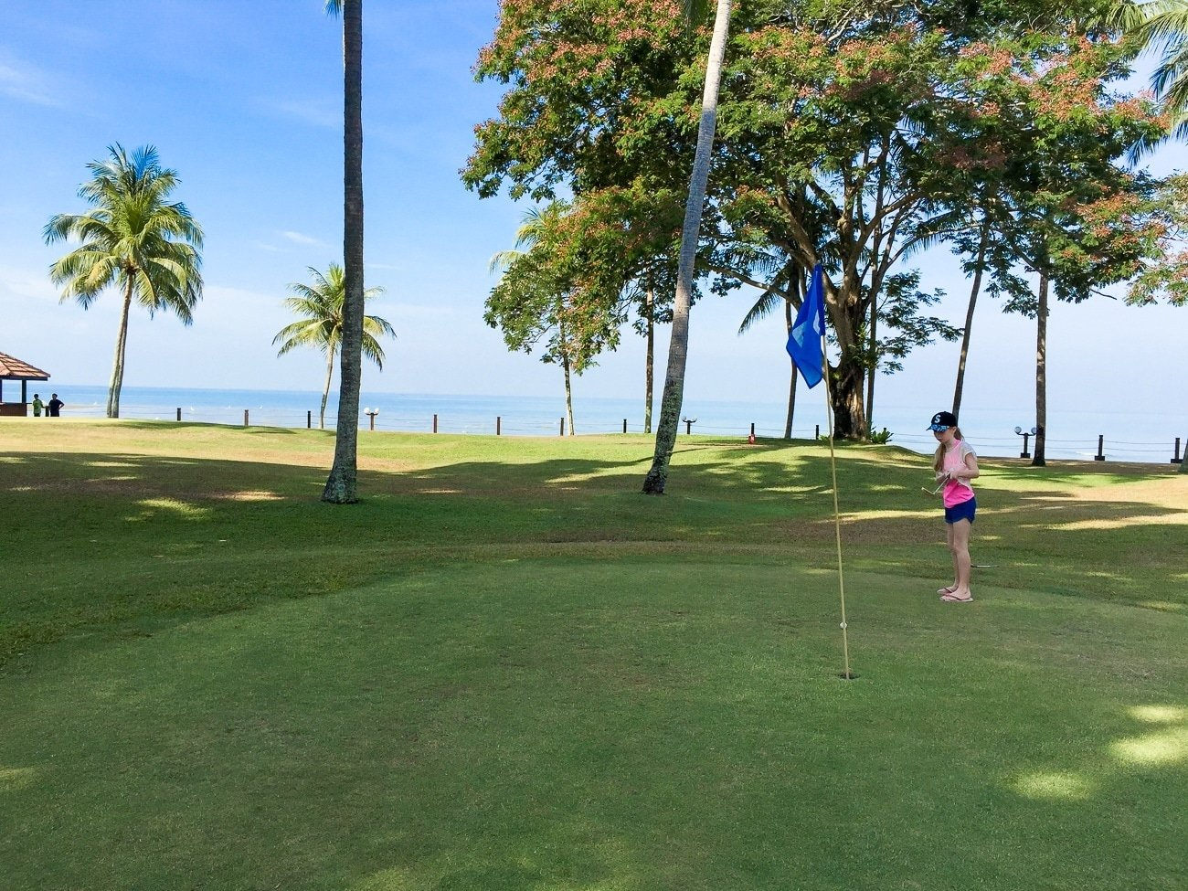 Shangri-la's Tanjung Aru Resort and Spa has a little 9-hole pitch and putt course.