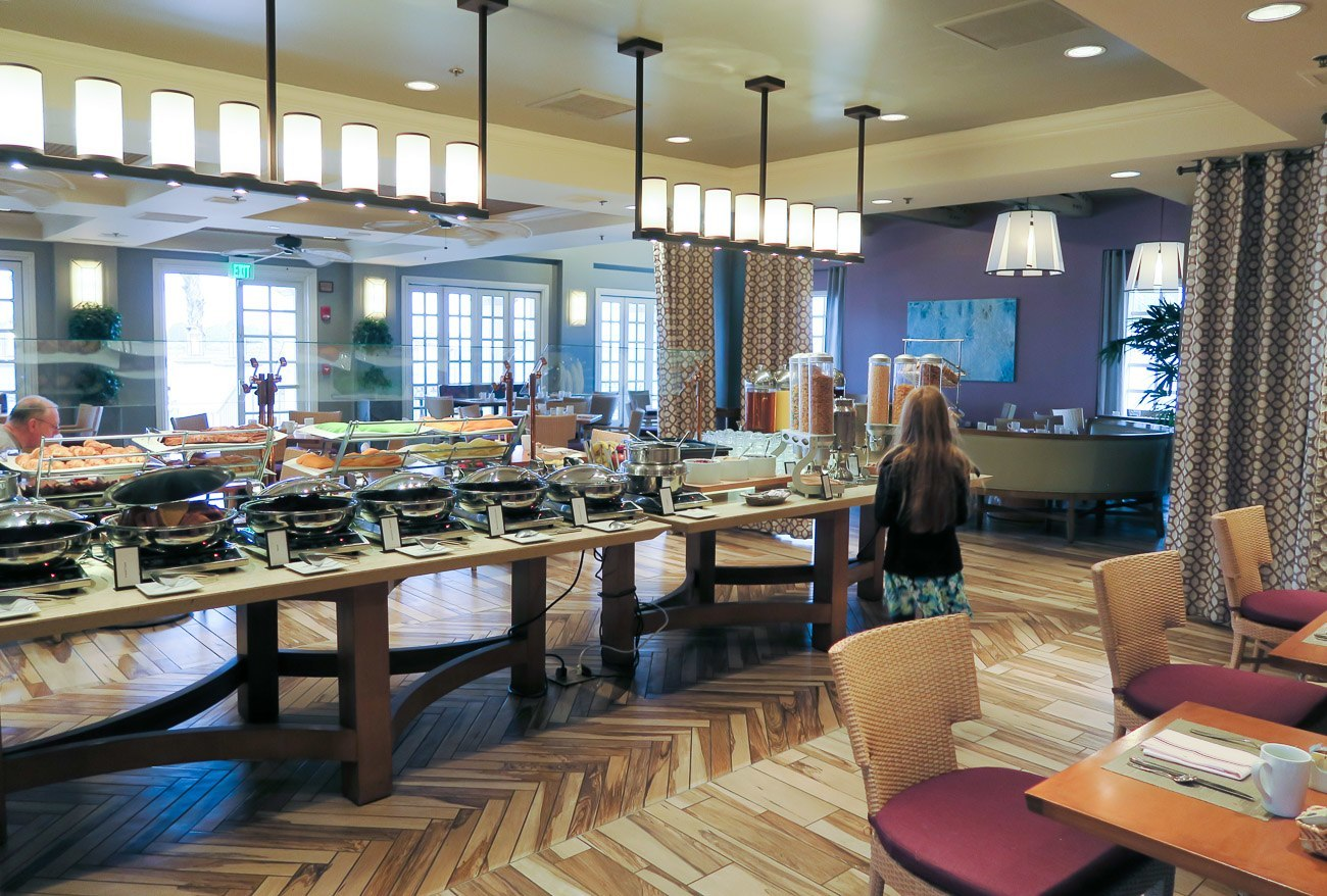 Buffet breakfast at Acqua restaurant at Hilton San Diego Mission Bay
